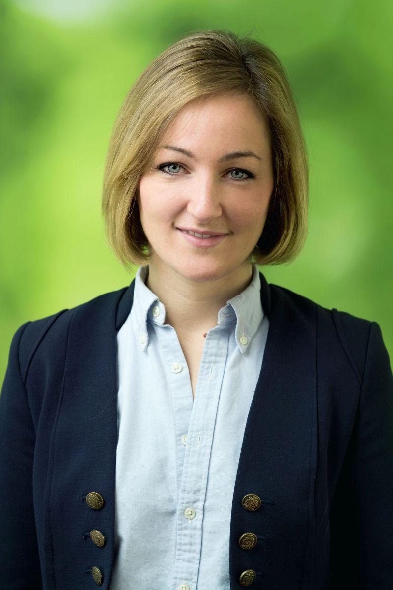 Stephanie Ambrosius Referentin für Kommunikation, Kooperationen und Sponsoring