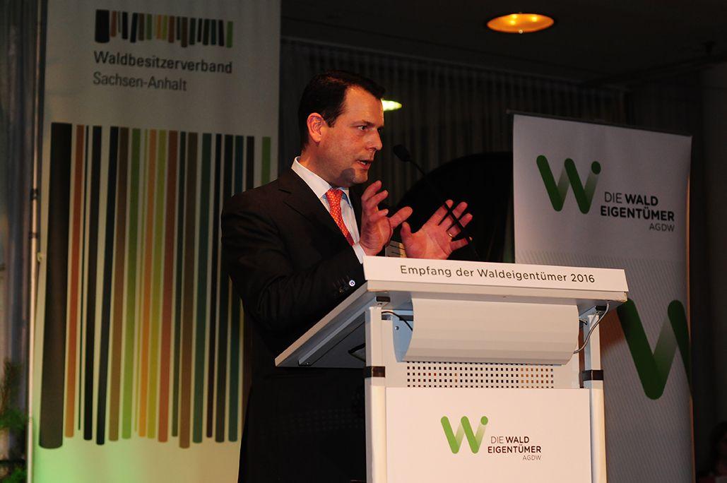 AGDW-Präsident zu Guttenberg bei der Eröffnungsrede