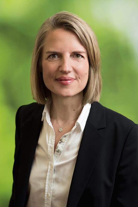 Larissa Schulz-Trieglaff ist Pressesprecherin bei AGDW Die Waldeigentümer