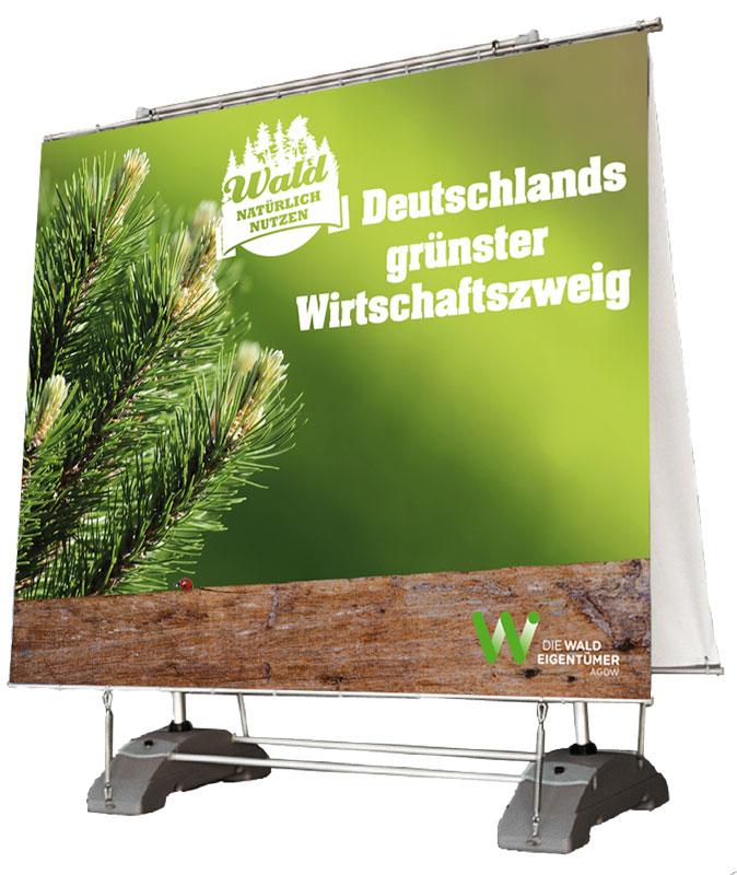 Outdoordisplay_Deutschlands grünster Wirtschaftszweig