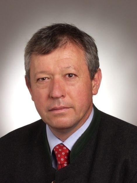 Dr. Wolfgang Schuh