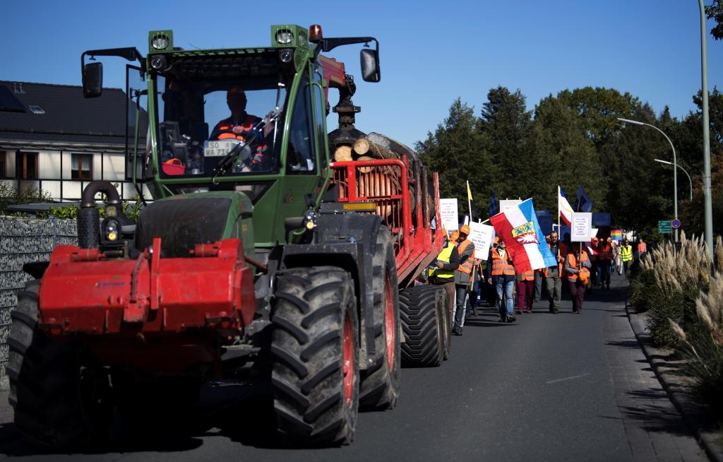 Demonstrationszug von vorne
