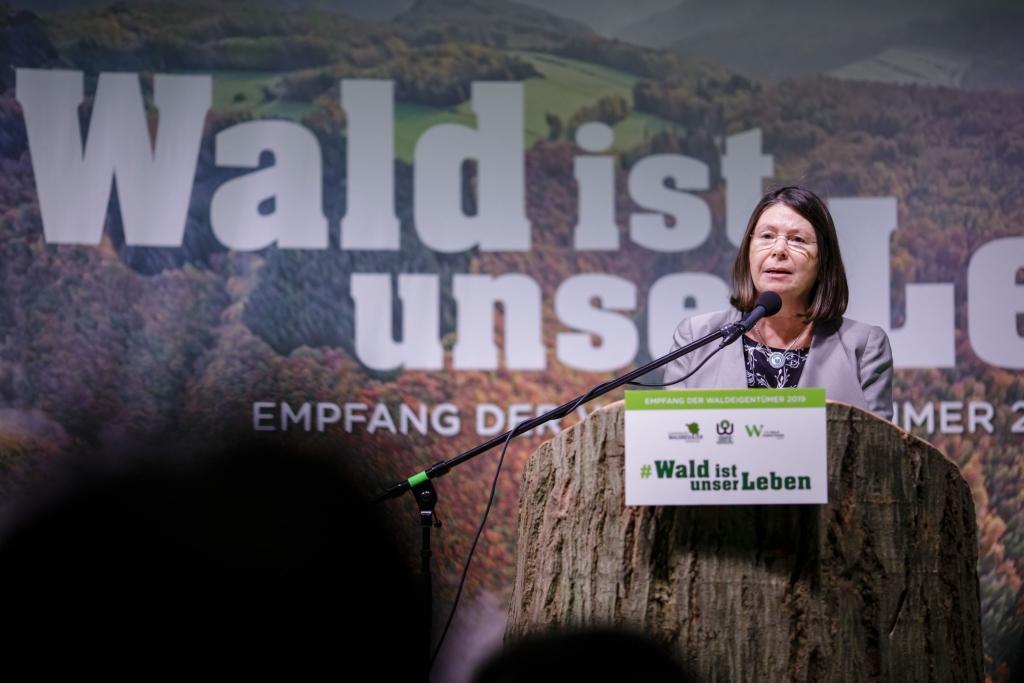 Ministerin Ulrike Höfken