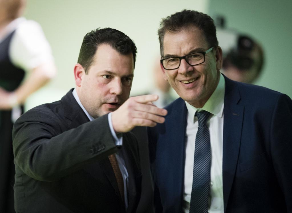 Philipp zu Guttenberg mit Bundesminister Müller