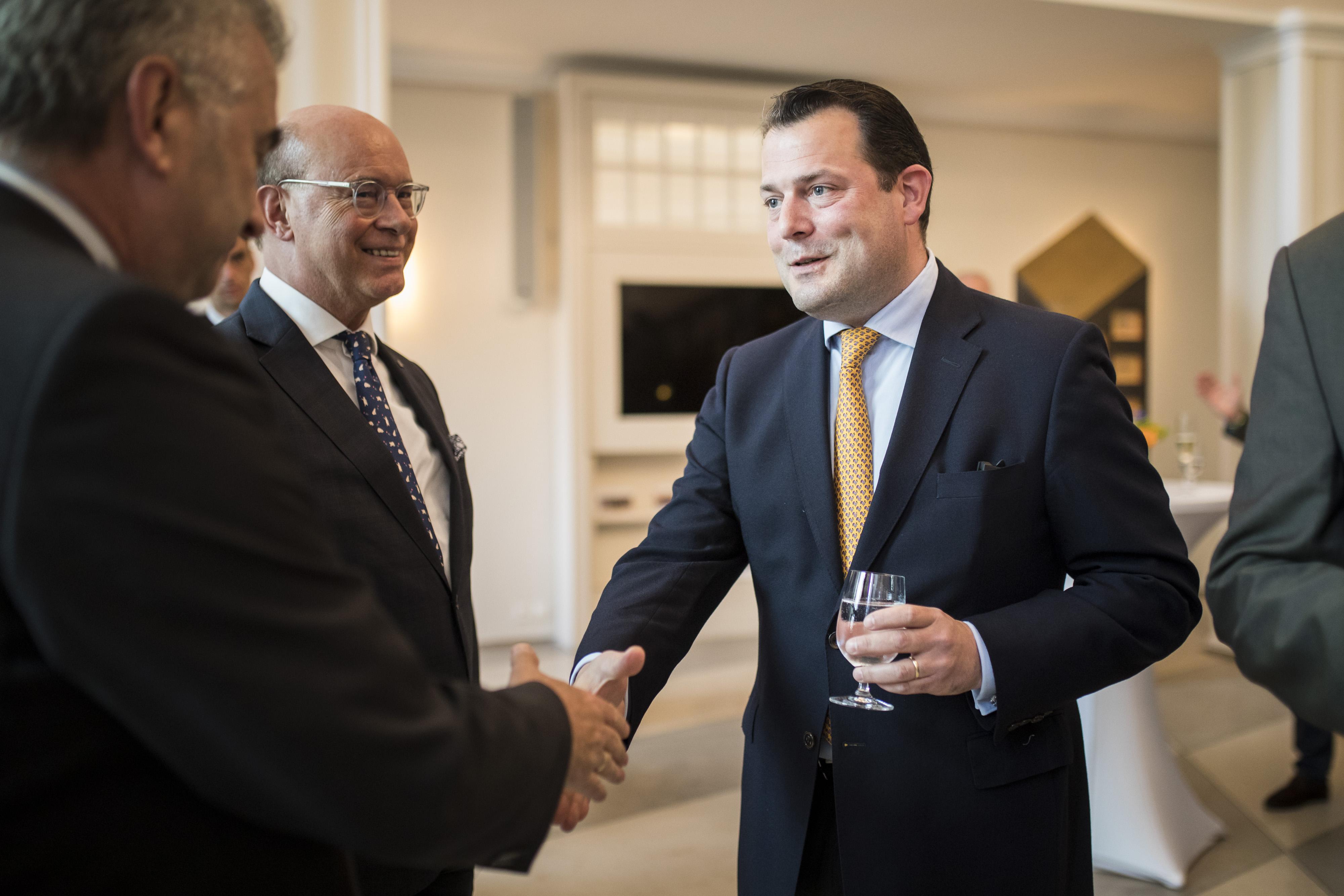 Philipp zu Guttenberg mit Dr. Horst Reinhardt (Rentenbank)